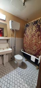 A bathroom at Historic Calumet Inn