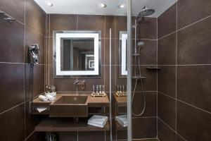 A bathroom at Novotel Moscow City