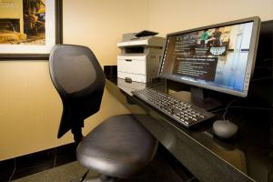 The business area and/or conference room at Drury Inn & Suites Springfield
