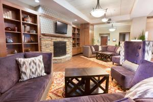A seating area at Drury Inn & Suites Flagstaff