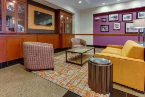 A seating area at Drury Inn & Suites West Des Moines