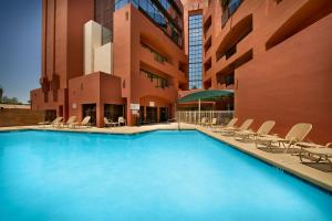 The swimming pool at or near Drury Inn & Suites Phoenix Airport