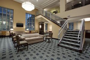 The lobby or reception area at Drury Plaza Hotel Pittsburgh Downtown