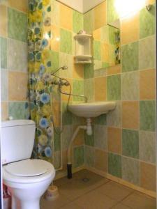 Ванная комната в Guest House Aura