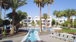 The swimming pool at or near Oasis Lanz Beach Mate