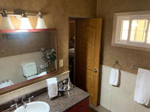 A bathroom at Quinta Ugarte