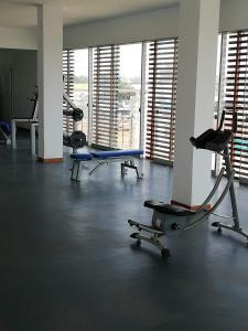 The fitness centre and/or fitness facilities at Asia departamento de playa
