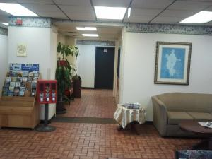 The lobby or reception area at Studio 9 Inn & Suites