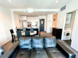 A seating area at Readyset Apartments at Liberty