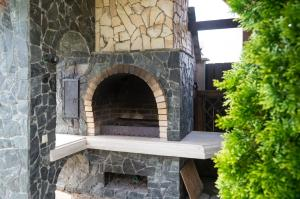 BBQ facilities available to guests at the inn