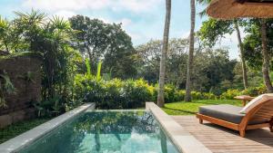 Bazén v ubytování Maya Ubud Resort & Spa nebo v jeho okolí