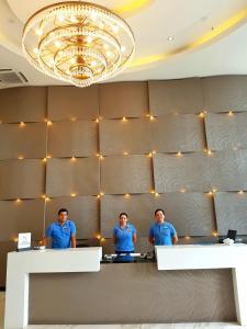The lobby or reception area at Hampton by Hilton Santa Cruz