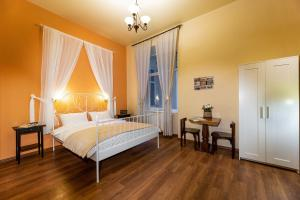 Ліжко або ліжка в номері Post House Rooms