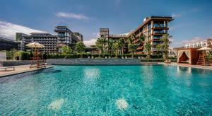 The swimming pool at or near 1 Hotel Haitang Bay, Sanya