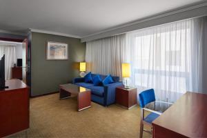 منطقة جلوس في فندق راديسون بلو القاهرة هليوبوليس