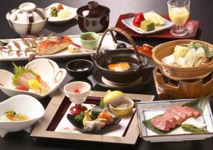 อาหารเช้าซึ่งให้บริการแก่ผู้เข้าพักที่ Honjin Hiranoya Annex