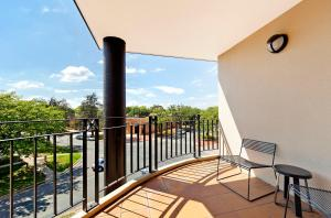 A balcony or terrace at AAC Apartments - Griffin