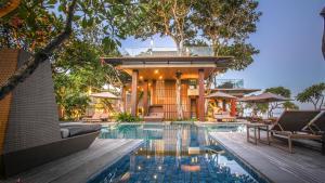 The swimming pool at or near Maya Sanur Resort & Spa