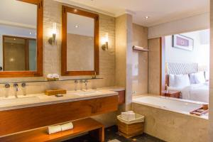 A bathroom at Mandarin Oriental, Sanya