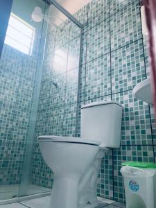 A bathroom at Hotel Maracá