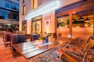 A restaurant or other place to eat at Ostertor Apartments