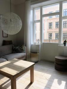 A seating area at ApartmentInCopenhagen Apartment 414