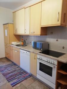 Küche/Küchenzeile in der Unterkunft Mayr-Eichberg, Familie Berndl
