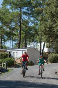 Biking at or in the surroundings of Le Domaine des Pins