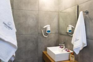 A bathroom at Dimamiel Malia Inn