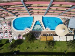 Uitzicht op het zwembad bij Flamingo Hotel - All Inclusive light of in de buurt