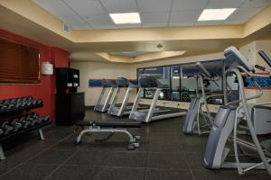 The fitness center and/or fitness facilities at Hampton Inn & Suites Denver/Highlands Ranch