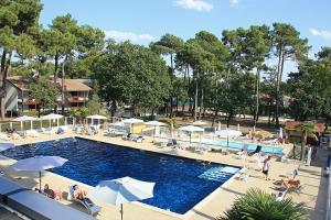 A view of the pool at Azureva Ronce les Bains or nearby