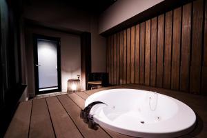 A bathroom at Randor Hotel Namba Osaka Suites