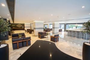 Lobby/Rezeption in der Unterkunft Alexia Premier City Hotel