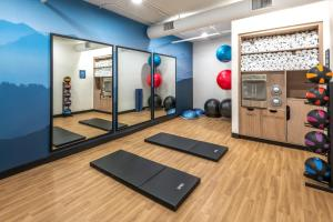 The fitness center and/or fitness facilities at DoubleTree by Hilton Denver Cherry Creek, CO
