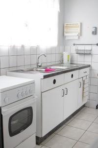 A cozinha ou cozinha compacta de Casa Peters Curaçao