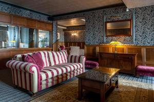 A seating area at The Woolacombe Bay Hotel