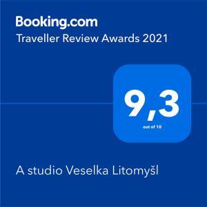 Certifikát, hodnocení, plakát nebo jiný dokument vystavený v ubytování A studio Veselka Litomyšl