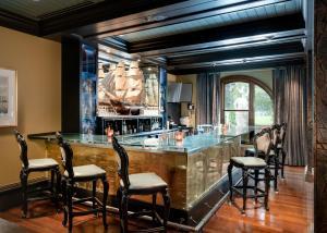 A restaurant or other place to eat at Mansion on Forsyth Park, Kessler Collection