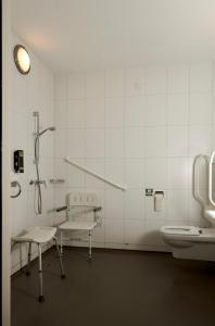 A bathroom at Star Lodge Hotels