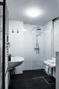 Een badkamer bij Zala's B&B