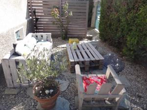 A porch or other outdoor area at Studio Alpins
