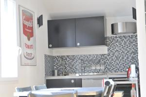 A kitchen or kitchenette at Studio Alpins