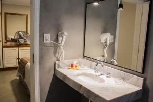 Um banheiro em Recanto Da Paz Hotel Fazenda