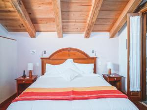 A bed or beds in a room at Collection O Casa de Familia