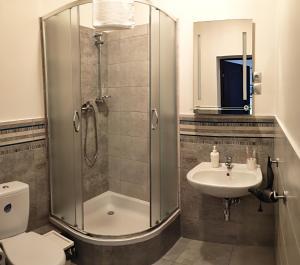 Ein Badezimmer in der Unterkunft Hostel Helvetia