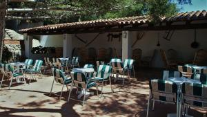 A restaurant or other place to eat at Hotel La Masia