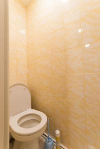 A bathroom at 1к Мельникайте 69 к4