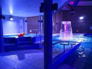 Majoituspaikassa Spa Hotel Härmä - Härmän kylpylä tai sen lähellä sijaitseva uima-allas