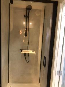 Ein Badezimmer in der Unterkunft Residentie Da Vinci Middelkerke